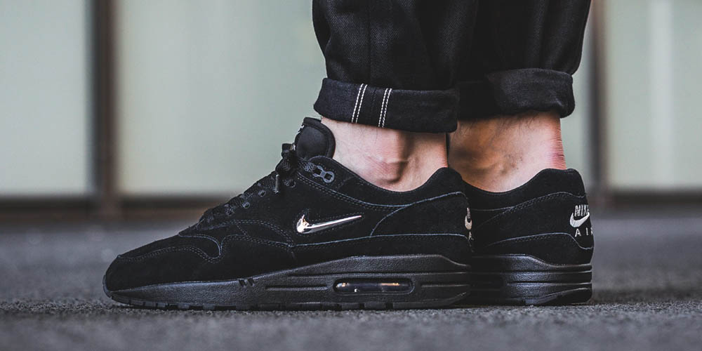What you should hate about the latest NIKE Air Max 1 Premium Jewel